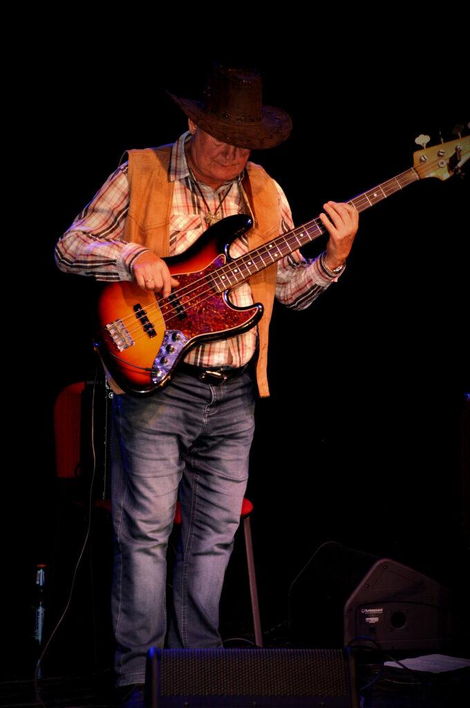 Członek zespółu Montana Country Band